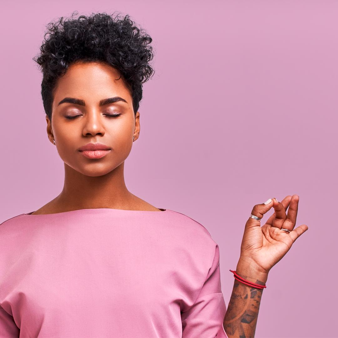 Rotina estressante? 5 dicas para promover relaxamento em casa